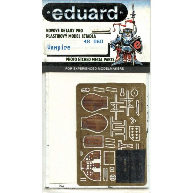 UNIMODELS 468 1/72 Sherman V tank with 60lb Aircraft Rocket