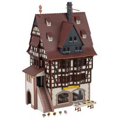 MINIART 38021 1/35 LGOC B-Type London Omnibus
