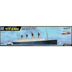 TRUMPETER 03719 1/200 RMS Titanic + Eclairage LED