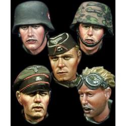 AK INTERACTIVE AK11600 ORCS AND GREEN MODELS SET