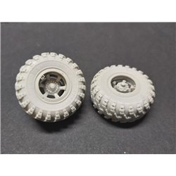 PANZER ART RE35-639 1/35 KRAZ-260 & 6322 Road wheels set