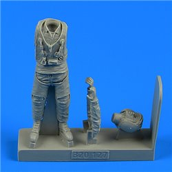 AEROBONUS 320.127 1/32 Modern Russian Air Force Fighter Pilot