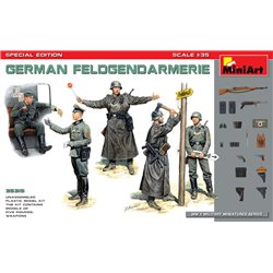MINIART 35315 1/35 German Feldgendarmerie
