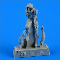 AEROBONUS 480.096 1/48 U.S.A.F. fighter pilot-pressure suit1960