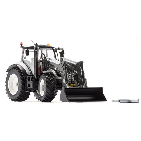 WIKING 077815 1/32 Valtra T174 with front loader
