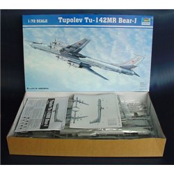 TRUMPETER 01609 1/72 Tupolev Tu-142 MR Bear-J