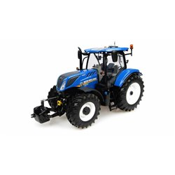 UNIVERSAL HOBBIES 4893 1/32 New Holland T7.225