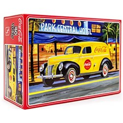 AMT 01161 1/25 Coca-Cola 1940 Ford Sedan Delivery