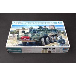 TRUMPETER 01519 1/35 LAV-III 8x8 wheeled armoured vehicle
