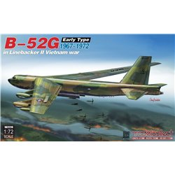 MODELCOLLECT UA72210 1/72 B-52G early type in Linebacker II Vietnam war 1967-1972