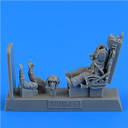 AEROBONUS 480.237 1/48 Soviet Fighter Pilot with ejection seat for MiG-19 Farmer for Trumpeter/Eduard