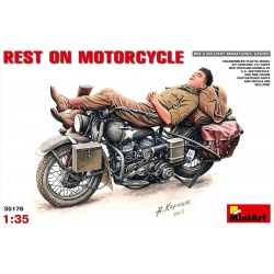 MiniArt 35176 Maquette 1/35 REST ON MOTORCYCLE